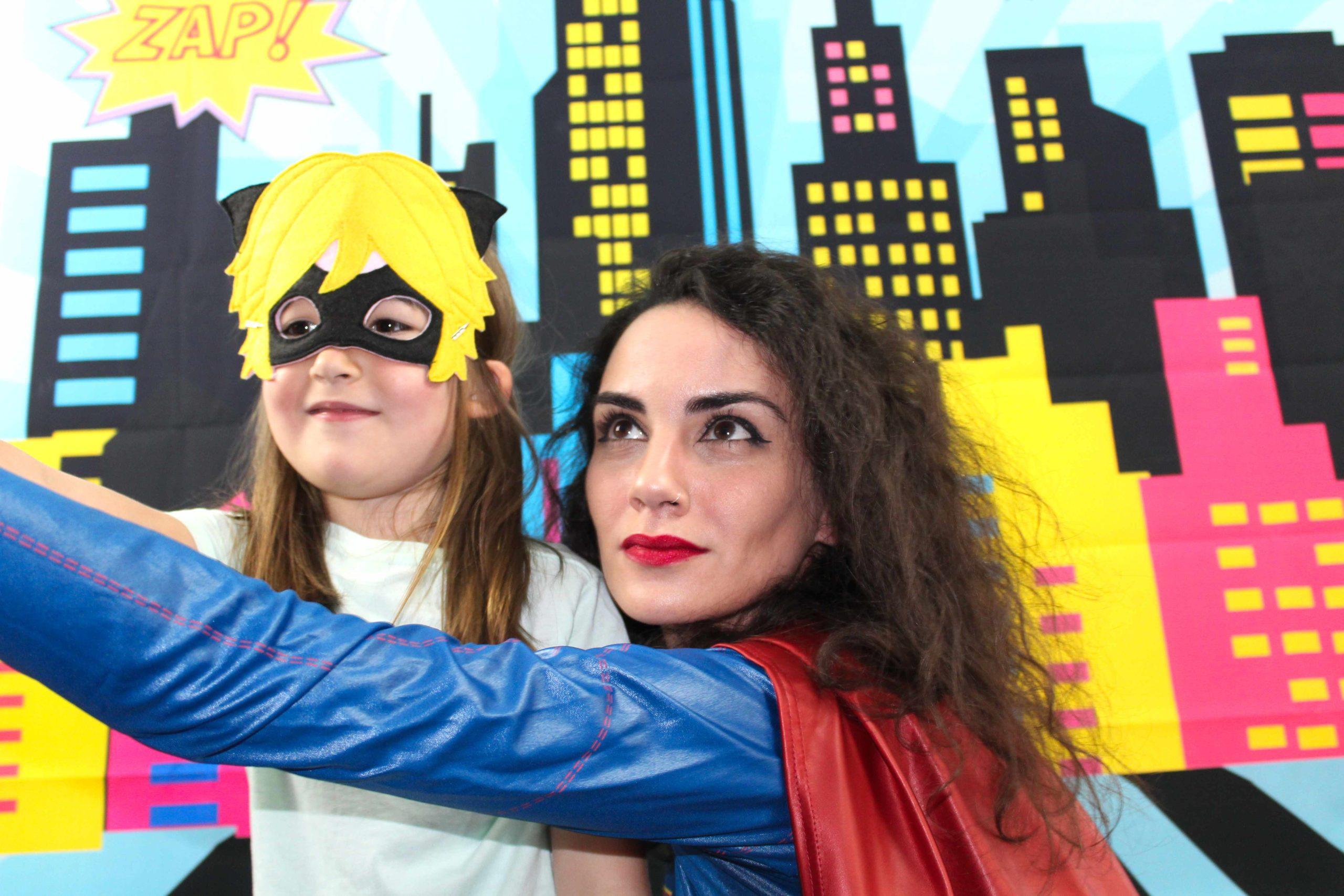 Videobotschaften für Kinder von Superhelden und Prinzessinnen